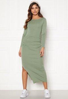 BUBBLEROOM Madina fine knitted dress Dusty green Bubbleroom.se
