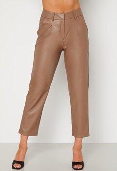 BUBBLEROOM Uma PU trousers Brown bubbleroom.se