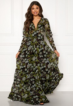 byTiMo Delicate Gown 907 Green Garden Bubbleroom.se