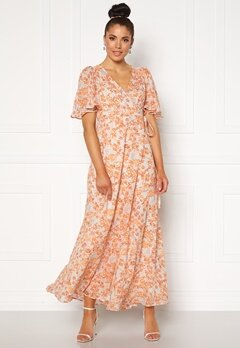 byTiMo Delicate Semi Wrap Gown Coral Bubbleroom.se