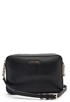 Calvin Klein Jeans Camera Bag Saffiano BAX Ck Black Bubbleroom.se