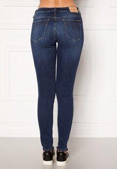 Calvin Klein Jeans CKJ 011 Mid Rise Skinny 1A4 ZZ001 MID BLUE Bubbleroom.se