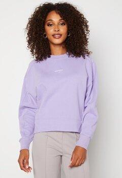 Calvin Klein Jeans Micro Branding Sweatshirt V0K Palma Lilac Bubbleroom.se