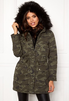 New Look Camo Miami Pelted Parka Green Pattern Bubbleroom.se