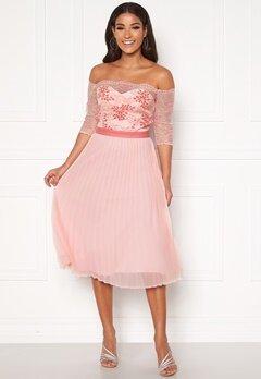 Chi Chi London Selda Bardot Midi Dress Pink Bubbleroom.se