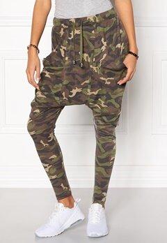 Chiara Forthi Army Pantaloni  Byxa Kamouflage Bubbleroom.se