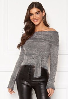 Chiara Forthi Beatricia furry offshoulder sweater Silver grey Bubbleroom.se