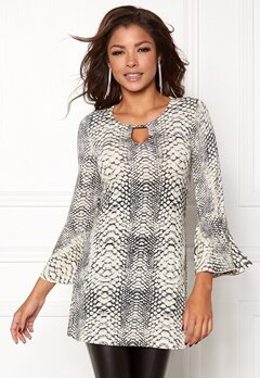 Chiara Forthi Bell Sleeve Lurex Top Grey / Winter white Bubbleroom.dk