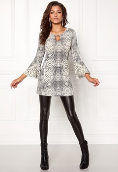 Chiara Forthi Bell Sleeve Lurex Top  Bubbleroom.no