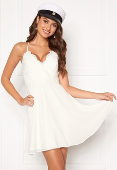 Chiara Forthi Bella dress White Bubbleroom.se