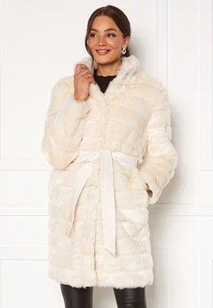 Chiara Forthi Bologna Faux Fur Coat Ivory white Bubbleroom.se