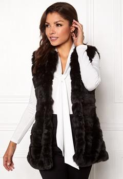 Chiara Forthi Bologna Faux Fur Waistcoat Black Bubbleroom.se