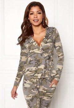 Chiara Forthi Cadenza camo wrap hoodie Camouflage Bubbleroom.se