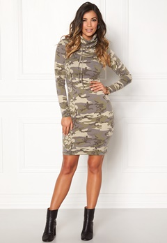 Chiara Forthi Camo lounge dress  Bubbleroom.no