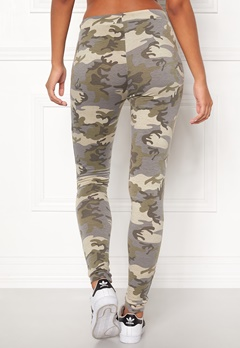Chiara Forthi Camo Pocket Legging  Bubbleroom.no