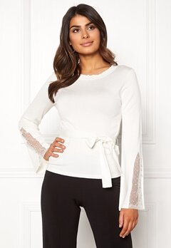 Chiara Forthi Caprice knitted pearl sweater Winter white Bubbleroom.se