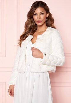 Chiara Forthi Diva short party faux fur Offwhite Bubbleroom.se