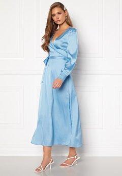 Chiara Forthi Ezra Wrap Maxi Dress Dusty blue Bubbleroom.se