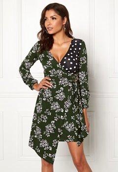 Chiara Forthi Falda dress Green / Floral / Dotted Bubbleroom.se