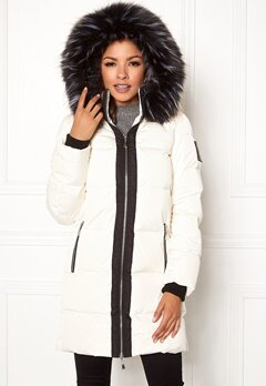 Chiara Forthi Harbin Down Puffer Winter white Bubbleroom.se