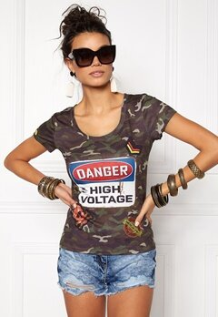 Chiara Forthi Intrend Camo Tee Camouflage Bubbleroom.no