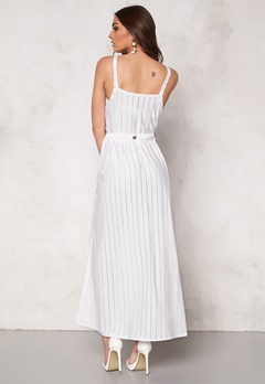 Chiara Forthi Intrend Lineisy Dress White Bubbleroom.no