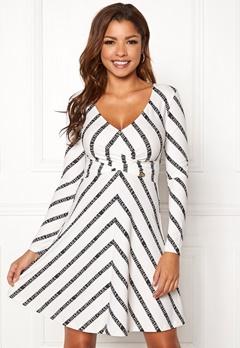 94ac303df2c1 Chiara Forthi Madaloni dress White / Black Bubbleroom.se