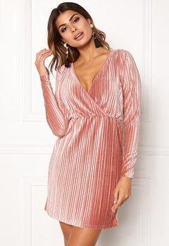 Chiara Forthi Mirelle Velvet  Dress Powder pink Bubbleroom.dk