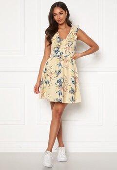 Chiara Forthi Pernille flounce dress Cream / Floral Bubbleroom.se