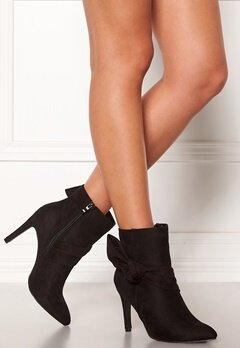 Chiara Forthi Rozalia stiletto boot Black Bubbleroom.se