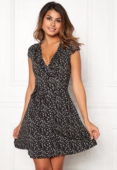 Chiara Forthi Sonnet Flounce Dress Black / Floral Bubbleroom.se
