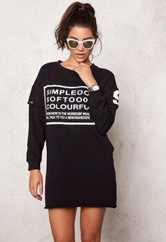 Chiara Forthi Sweatshirt Kjole Svart / Hvit Bubbleroom.no
