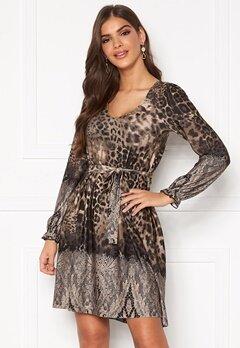 Chiara Forthi Swing v-neck dress Leopard / Patterned Bubbleroom.se