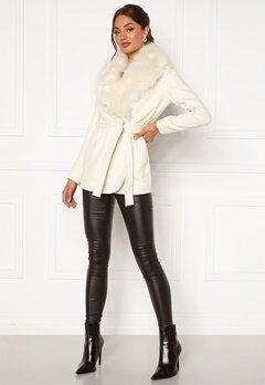 Chiara Forthi Verona Short Coat Cream Bubbleroom.se