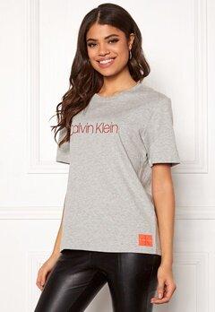 Calvin Klein CK S/S Crew Neck Grey Heather Bubbleroom.se