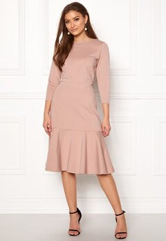 Closet London Long Sleeve Peplum Dress Nude Bubbleroom.se