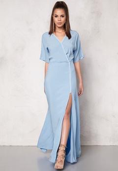 DAGMAR Lillian Long Dress 503 Powder Blue Bubbleroom.no