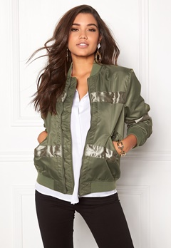 D.Brand Oliver Bomber Jacket Winter Moss Green Bubbleroom.fi