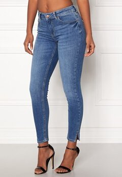 Pieces Delly Crop Slit Jeans Medium Blue Denim Bubbleroom.se