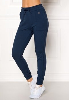 Drop of Mindfulness Monroe Sweatpants Navy Bubbleroom.se