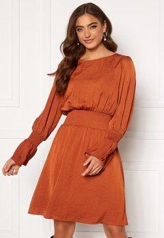DRY LAKE Lisa Dress 620 Red Rust Satin Bubbleroom.se