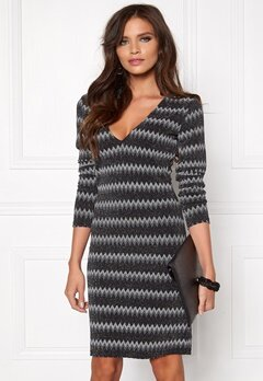DRY LAKE Satellite Tight Dress Sparkling Zigzag Bubbleroom.se