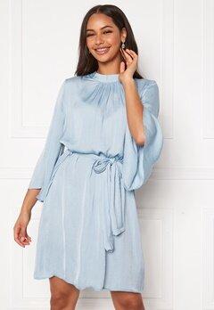 DRY LAKE Tysse Dress 462 Blue Sky Bubbleroom.se