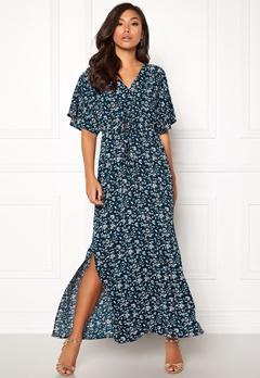DRY LAKE Valentina Long Dress Cerise Print Bubbleroom.se