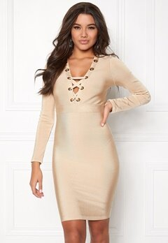 WOW COUTURE Eyelet Lace Bandage Dress Sand Bubbleroom.se