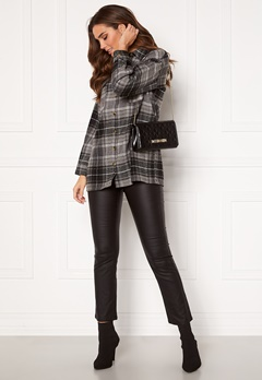 Noisy May Flanny L/S Long Shacket Black, Checks:BW/Gre Bubbleroom.se