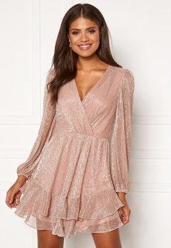 FOREVER NEW Sonita Plisse Skater Dress Blush Bubbleroom.se