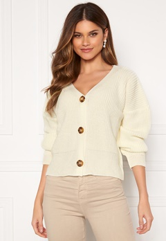 Girl In Mind Aria 3 Button Long Sleeve Knit Cardigan Creme Bubbleroom.se