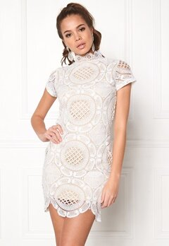 Girl In Mind Lace Dress White Bubbleroom.dk