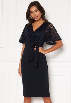 Girl In Mind Reagan Lace Wrap Belted Midi Dress Navy Bubbleroom.se